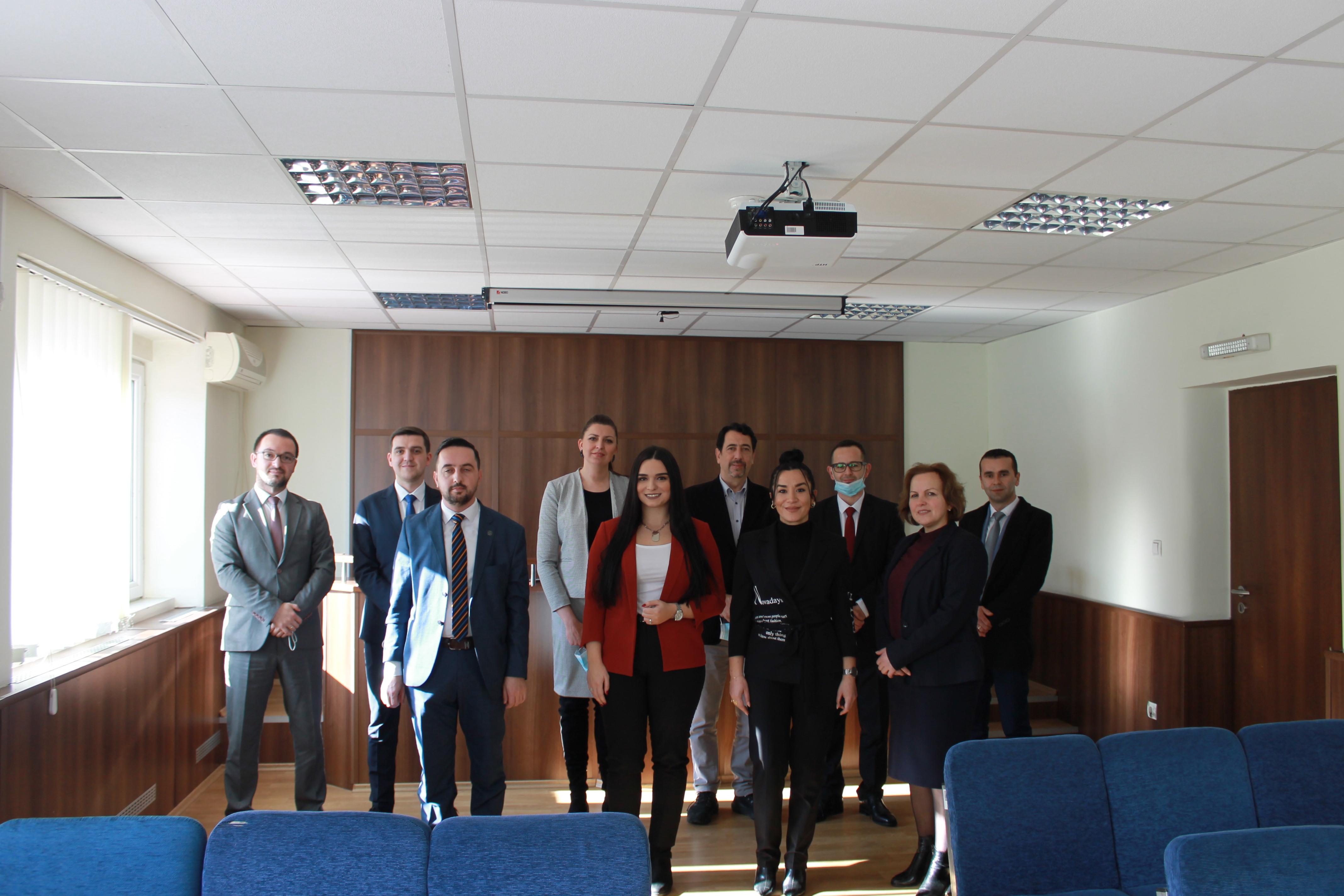 Kryetari i Gjykatës Themelore në Mitrovicë Nikola Kabasic, ka pritur 9 (nëntë) gjyqtarët e rinjë.